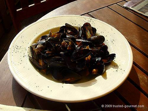 Moules in Garlic Butter