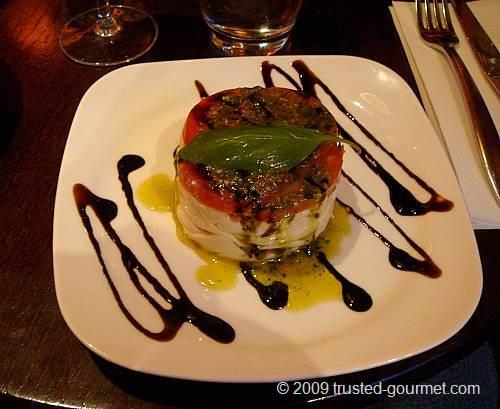 Millefeuille de tomates et mozzarella