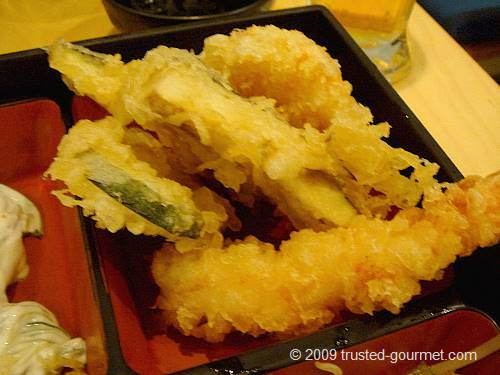 Detail of the way too greasy tempura