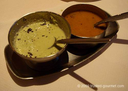 The sauces served with the dosai