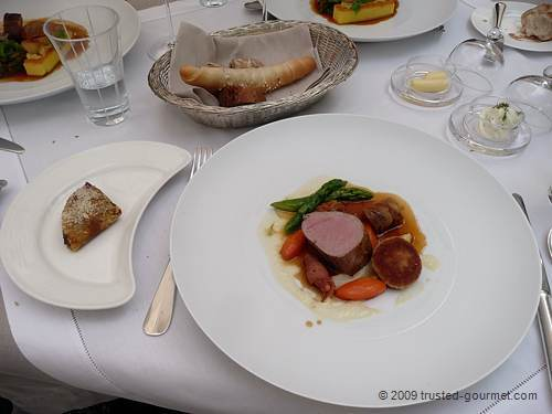 1989 The best of Tyrolean milk veal with potatoes gratinées and Pilzcrêpe