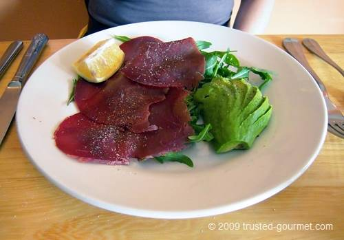 Bresaola avocado