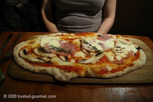 Pizza Cotto e funghi rustica