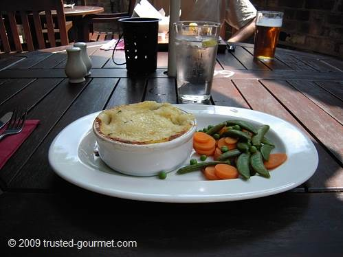 Classic fish pie 
