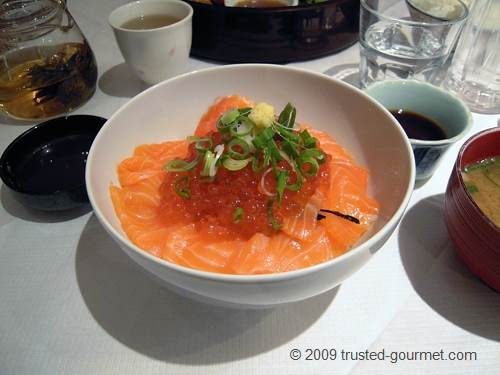 Salmon sashimi and Ikura don
